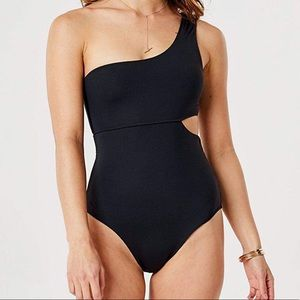 Carve Designs Black one piece swimsuit XL NWT
